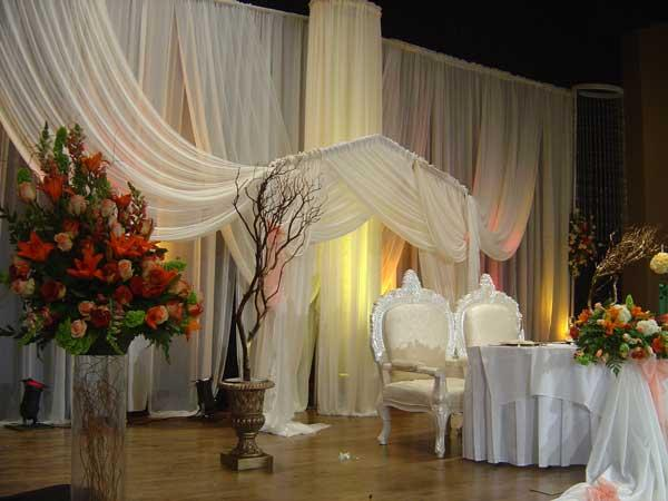 Linens and Flowers