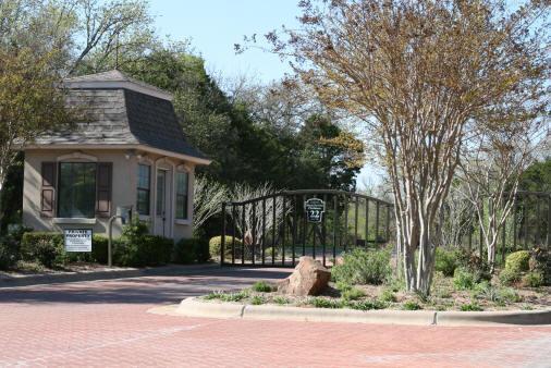 River Oak Estates
