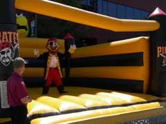 PIRATE PARROT BOUNCE