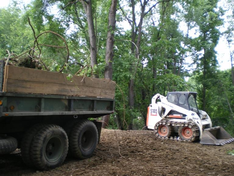Commercial & Residential Excavating