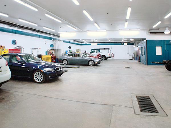 Auto Body Repair Facility 01