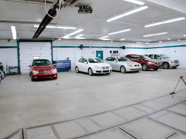 Auto Body Repair Facility 02
